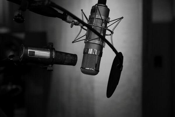 ラジオ配信のイメージ写真