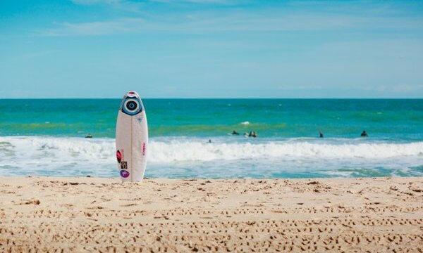 サーフィンのイメージ画像EC